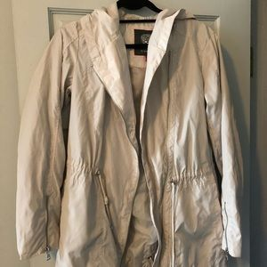 Vince Camuto Cream Rain Jacket Size S